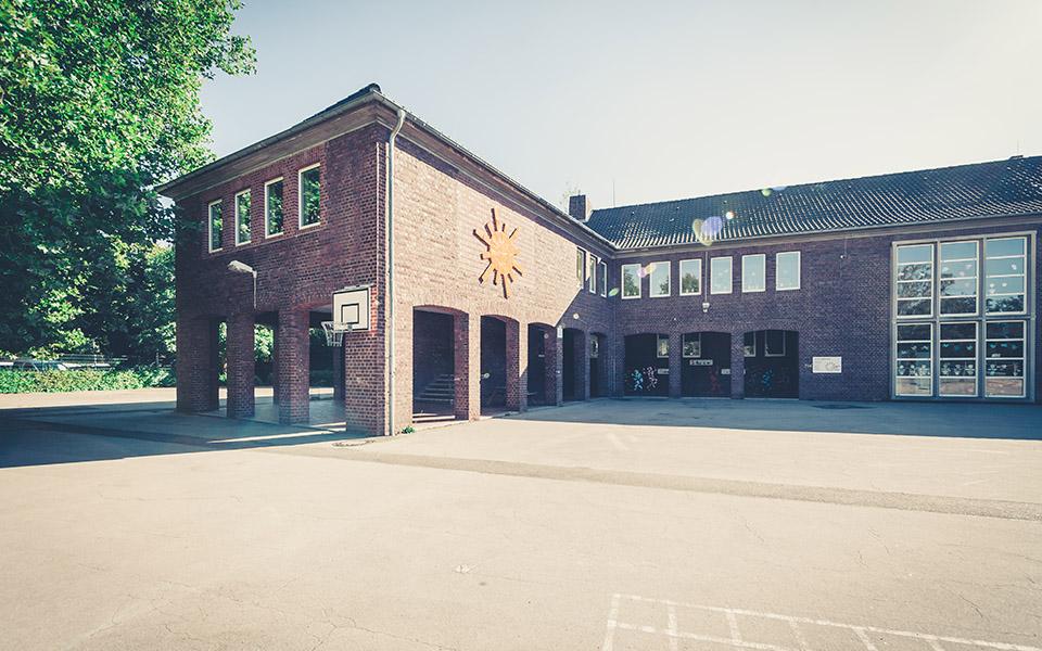 Fotografie Grundschule Heinsberg, Sonnenschein Schule