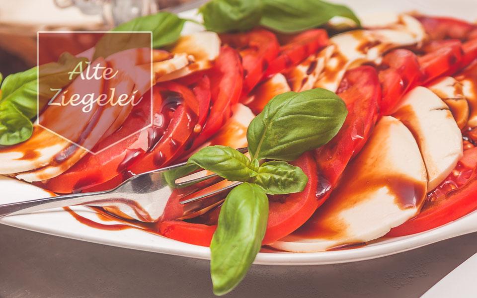 Mozzarella mit Tomate