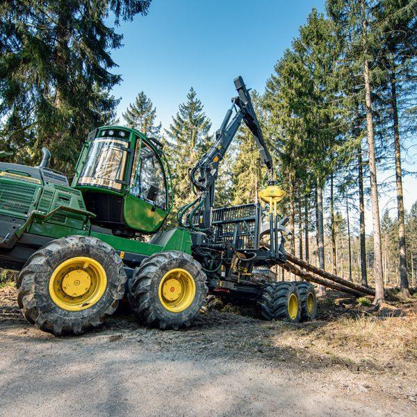 Der Forwarder ist für den Harvester was Robin für Batman ist - vielleicht (© Orths Medien GmbH)