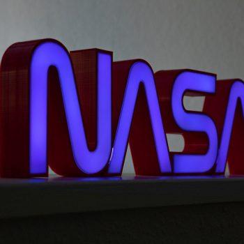 NASA bei Nacht (© Orths Medien GmbH)